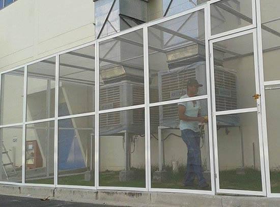 Cửa lưới chống muỗi cố định trắng sứ