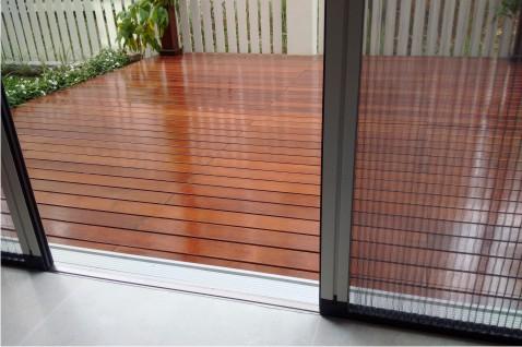 cửa lưới chống muỗi bao nhiêu tiền 1 m2